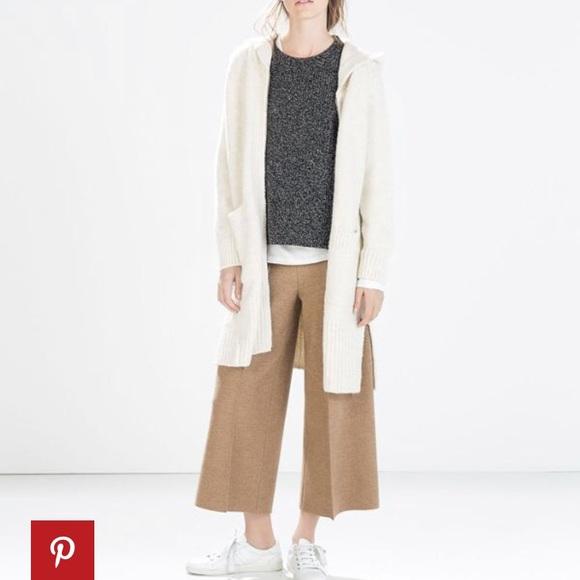 4f1f911e550 Zara Long Soft Cardigan. M 5a8a154d3316279c6c513482